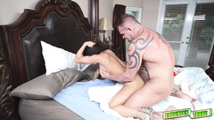 Nicole Bexley riding that big daddy cock drilled on top