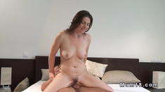 Sexy trimmed cunt mom banging in the morning