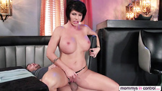 Mom teaches the girl that guys only want to fuck their pussies and cum