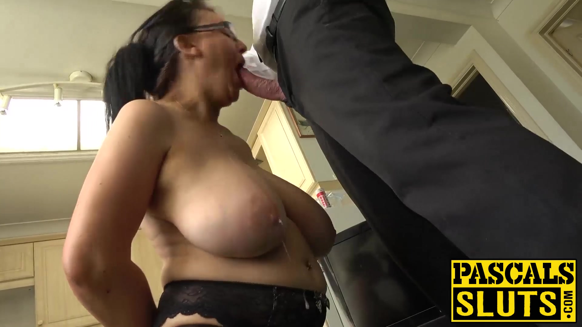 Faye almost does anal
