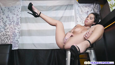 Lusty Asian wife Honey Gold sneaks and fucks the chef