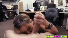 Stretching and fucking that tight pussy she gave up the goods