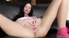 Hot Czech Eveline Gapes and Rubs Slit