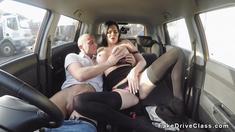 Pierced pussy Milf examiner bangs in car