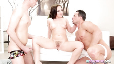 Sexy stud fucks in bisexual threesome