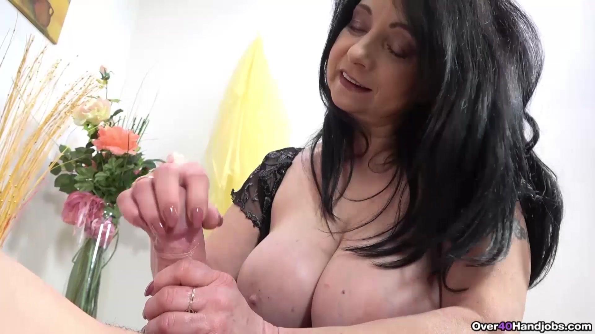 Big Tit Latina Milf Handjob