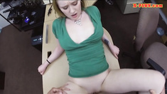 Sexy amateur blonde babe gets fucked for a pearl necklace