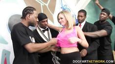 Katie Kox Gets Her Face Jizzed By Black Men