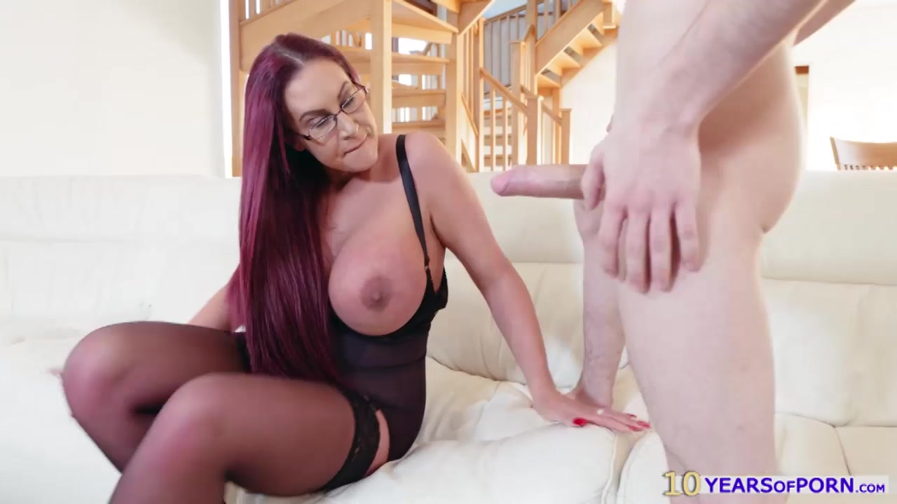 French laura fox fucked while cam show 3