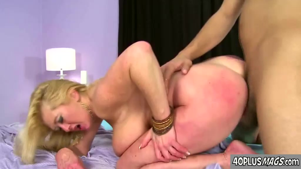 Milf black girls with big boobs