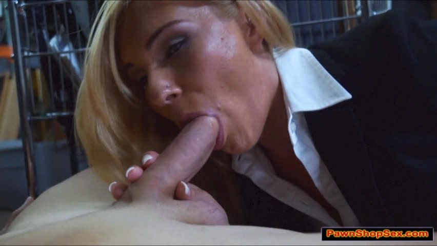 Hot blonde milf sex videos