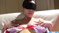 Softcore pussy play in solo with Saki Fujii