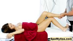 Sweet Jojo Kiss goes horny with a naughty massage