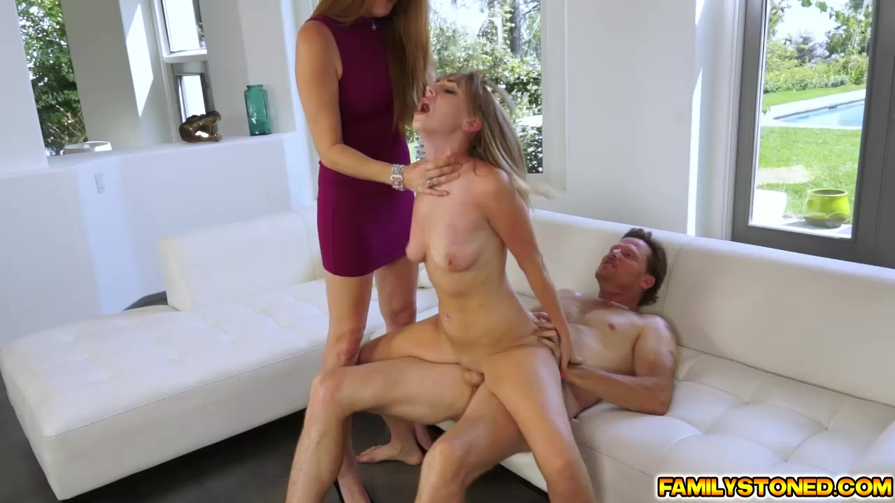 Lucky Guys Have Fun With The Assfuck Wall Free Porn
