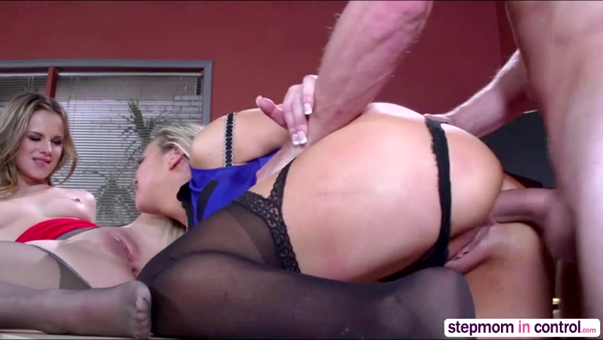 Anal sex with step mom