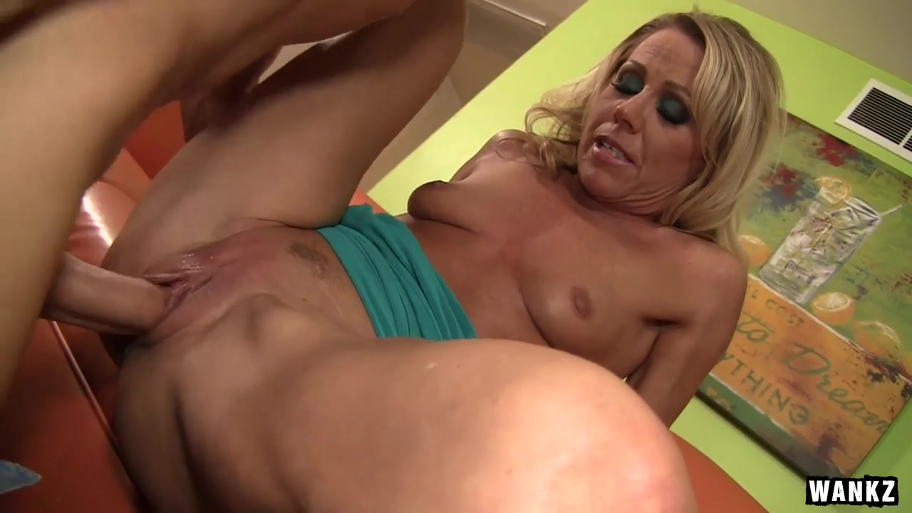 Hottest milf ever gets banged