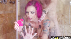 Anna Bell Peaks hot shower deep throat blowjob